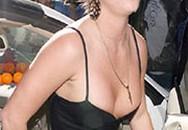 """""""Britney Spears thích khỏa thân"""""""