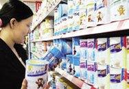 """Dùng sữa """"xách tay"""": Sợ nhất sữa nhiễm phóng xạ"""