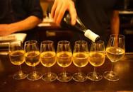 Con trai mới lớn uống rượu - cha mẹ nên xử lý thế nào?