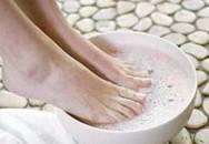Xoa bóp đôi chân: Giữ gìn sức khỏe