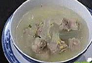 Món ngon cuối tuần: Canh sườn non nha đam và đậu xanh