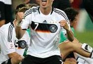 Lịch sử thì gọi tên người Đức…