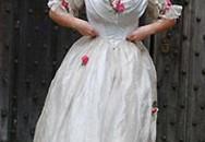 Công chúa Anh đóng vai thị nữ