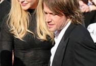 Nicole Kidman mặc váy nhìn xuyên thấu