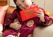 An toàn cho bé trong dịp Tết