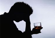 Uống rượu không rõ nguồn gốc: Chết lúc nào không hay