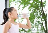 Trẻ thiếu nước dễ gây mất tập trung