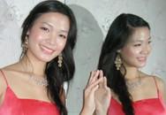 Hoa hậu Trần Thị Thuỳ Dung đã trở lại trường học