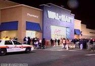 Nhân viên siêu thị bị khách hàng giẫm chết