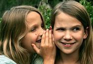 """""""Rắc rối"""" thường gặp ở các em gái"""