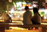 """Sài Gòn thiếu chỗ... """"yêu"""""""