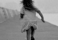 Nhanh trí, một bé gái thoát khỏi tay bọn bắt cóc