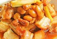 Thực đơn bữa tối: Thịt heo kho lạc