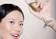 Uống nhiều rượu, bia gây ảnh hưởng đến xương?
