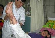 Cha mẹ cảnh giác viêm não vào mùa ở trẻ em