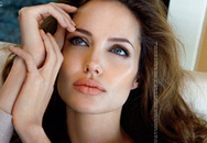 Angelina Jolie là người phụ nữ đẹp nhất thế giới
