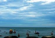 4 du khách chết đuối trên bãi biển Cửa Lò