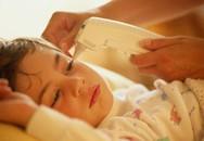 Dấu hiệu nguy hiểm khi bé sốt