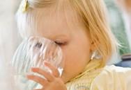 Cho trẻ uống nước dừa, bắt đầu từ khi nào?