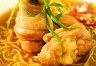 Thực đơn bữa sáng: Mì gà chua cay