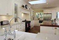 Ấn tượng với phòng bếp trắng