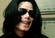 Hai chân của Michael Jackson đầy vết kim tiêm