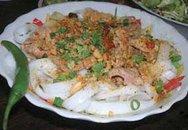 Hương vị quê nhà: Món mì Quảng của mẹ tôi