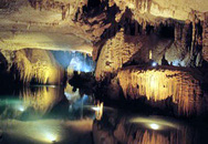 Thám hiểm hang động Jeita Grotto