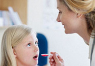 Tự ý cho trẻ uống thuốc chống nôn - bài học đắt giá
