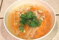 Thực đơn bữa tối: Canh gà củ cải