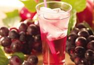 Cho trẻ uống nước ép trái cây khi nào tốt nhất?