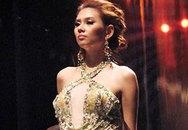 Ngắm Hoàng Yến đầy mê hoặc trong trang phục dạ hội