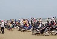 4 nữ sinh bị sóng biển cuốn trôi