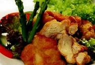 Món ngon cuối tuần: Thịt gà chiên xốt tương, gừng