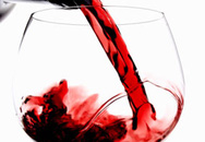 Uống ly rượu, mất tiêu 23.000USD