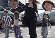"""Angelina Jolie dẫn """"tập đoàn răng sứt"""" đi mua sắm"""