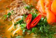 Thực đơn bữa sáng: Bún bò cà chua