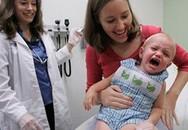 Trẻ sốt sau khi tiêm veccine: Khi nào cần dùng hạ sốt?