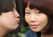 Vợ chồng Trần Thu Hà tình tứ