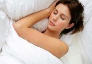 Thiếu ngủ hại sức khỏe ngang uống rượu