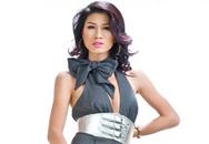 Trang Trần điệu với trang phục công sở