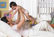 Hầu hết các bà mẹ sai lầm khi thay tã cho con!