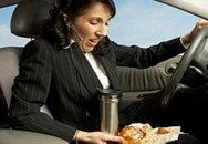 Những thực phẩm không nên ăn khi lái xe