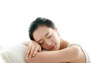 4 thói quen khi nằm ngủ không tốt cho sức khỏe
