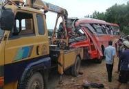 Tai nạn kinh hoàng, 4 người chết, 50 người bị thương