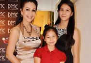 Những cặp chị em đáng yêu trong showbiz Việt