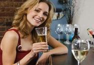 Phụ nữ uống nhiều bia dễ mắc bệnh vảy nến