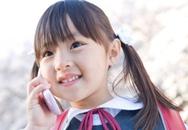 Dạy bé dùng điện thoại lịch sự, hữu ích