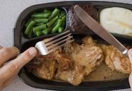 7 tác hại khi ăn tối muộn