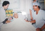 Gặp lại 3 em bé đầu tiên chào đời bằng thụ tinh ống nghiệm
